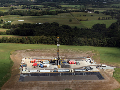 A Marcellus Shale gas drilling site near Latrobe, Pa. A Duke University study has indicated that water wells near natural gas drilling sites contain significantly higher levels of methane gas. (Laurence Kesterson / Staff Photographer, file photo)