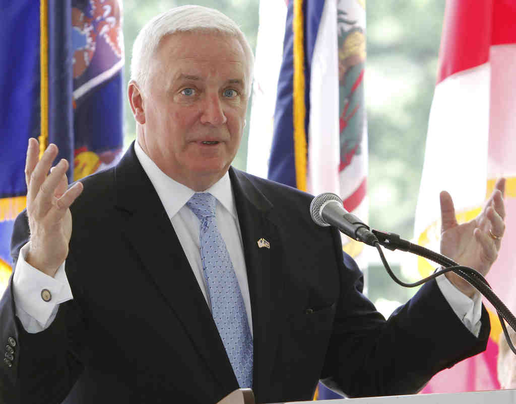 A rare sighting: Gov. Corbett speaking last week in Richmond, Va., at the Chesapeake Executive Council´s annual meeting.