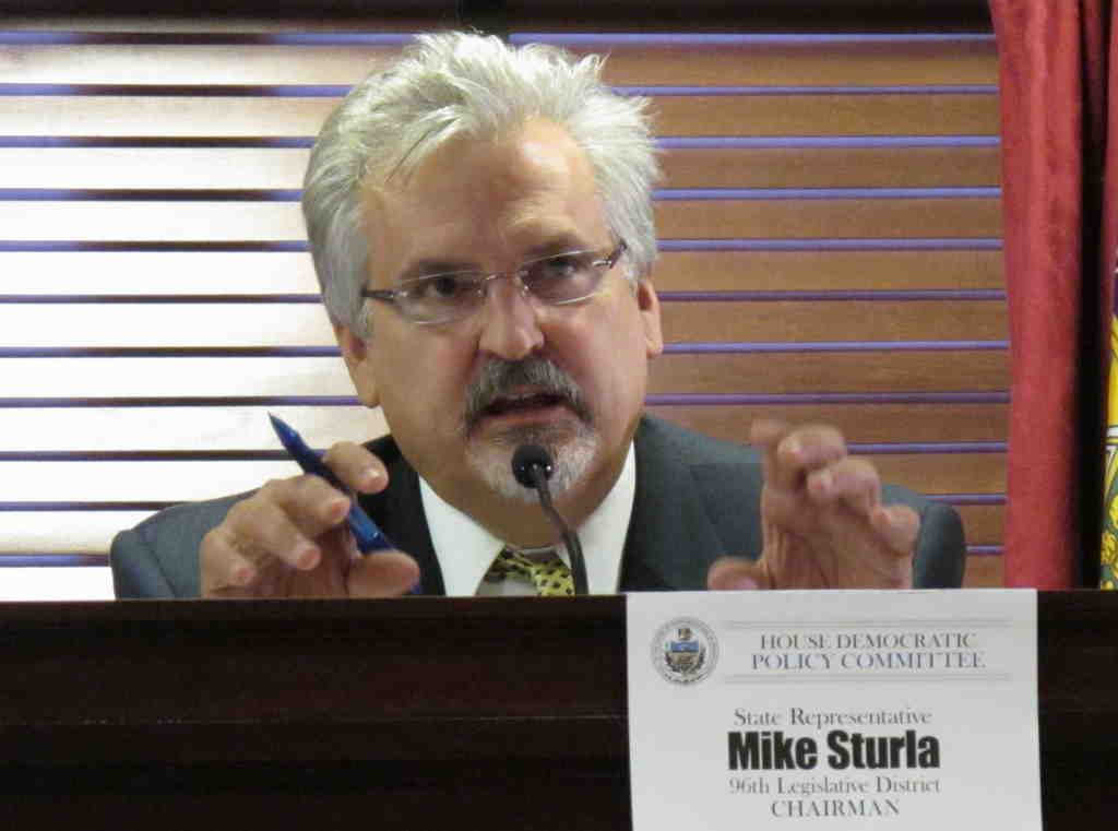 State Rep. Mike Sturla, who is among Democrats upset that Gov. Corbett and other Republicans won´t tax gas extraction.