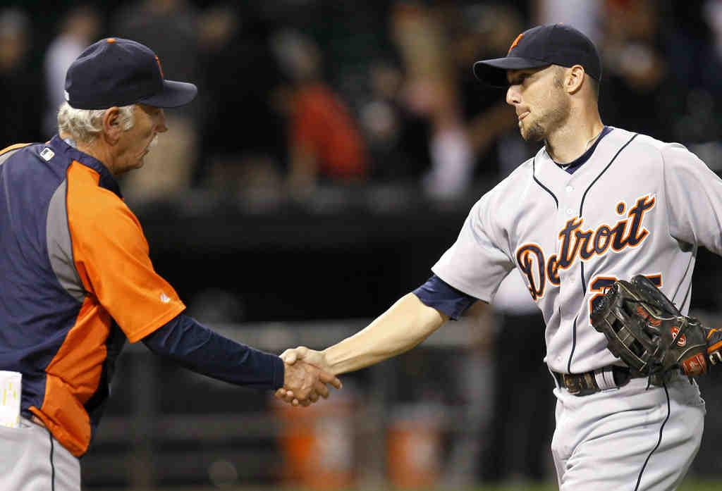 Tigers manager Jim Leyland greets Ryan Raburn.