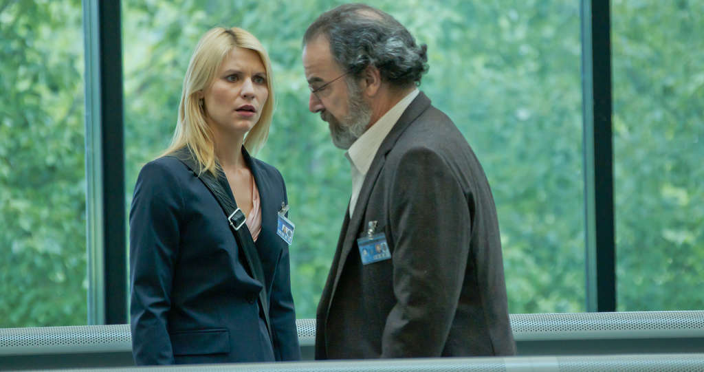 "Claire Danes and Mandy Patinkin as her CIA confidant - the only one in government who knows of her belief that the ""hero"" is a brainwashed terrorist."