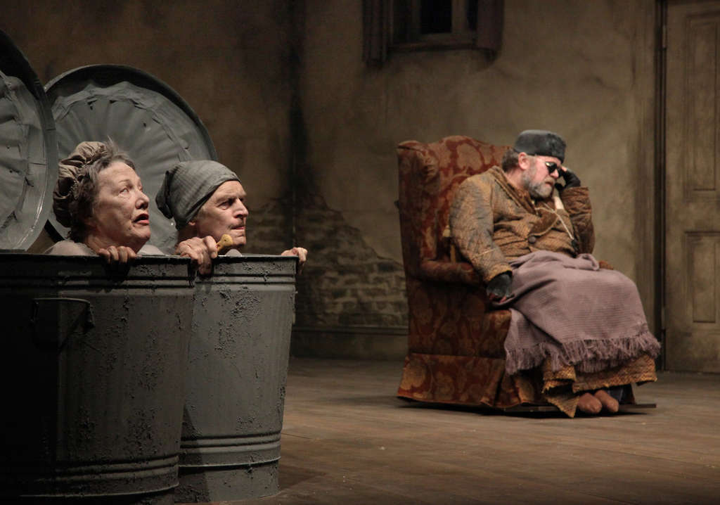 Rosaleen Linehan and Des Keogh are the canned parentsand Owen Roe portrays the old blind man.