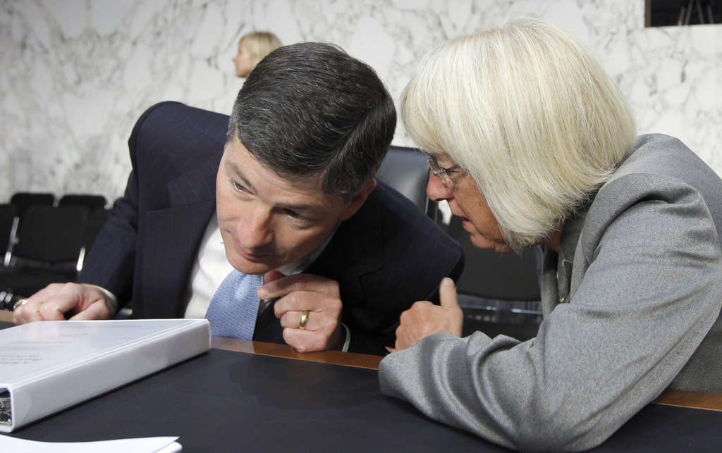 """Congressional """"supercommittee"""" cochairs Rep. Jeb Hensarling (R., Texas) and Sen. Patty Murray (D., Wash.) confer."""