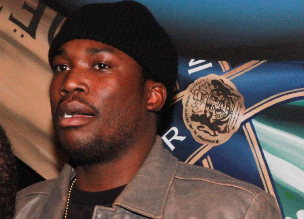 On the town, rapper Meek Mill hanging out Saturday night in the VIP section of Shampoo nightclub in Center City.
