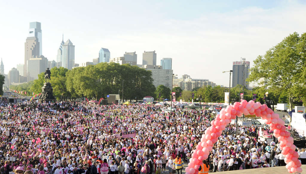 Thousands gathered at the Art Museum steps for the start of the Susan G. Komen Race for the Cure last year. This year, participation is down 22 percent.