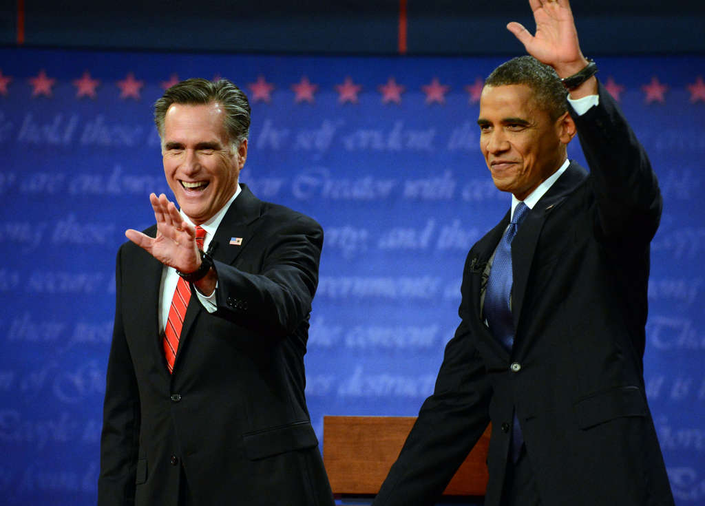 GOP nominee Mitt Romney and President Obama at the start of Wednesday´s televised debate.