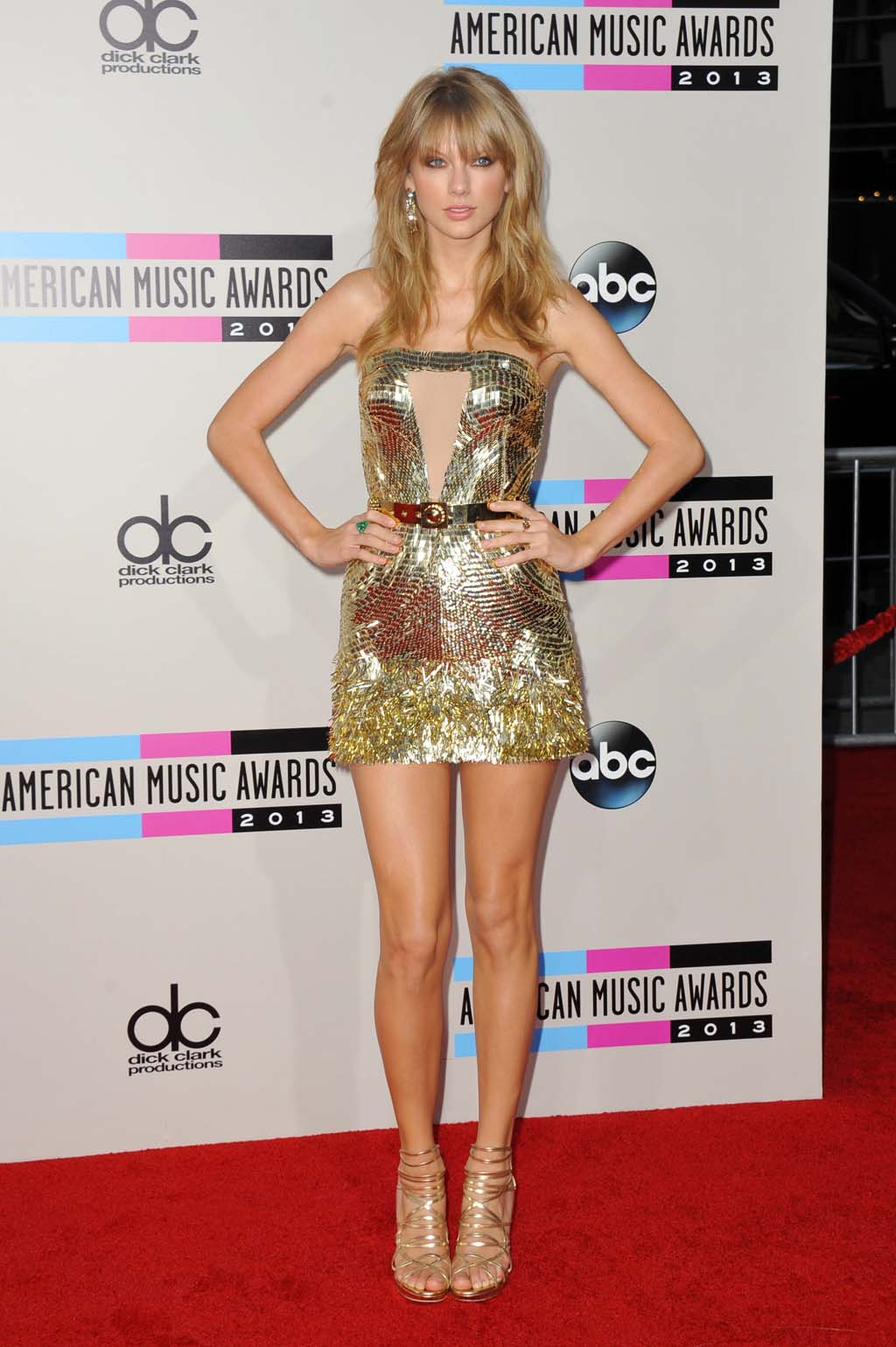 AMAs Red Carpet: Lots of leg, and a side of cleavage - Philly