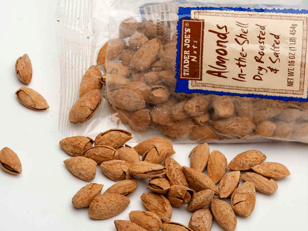 Almonds in the shell from Trader Joe´s stores.