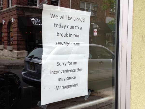 Sign on door at Green Eggs Cafe at 13th and Locust.