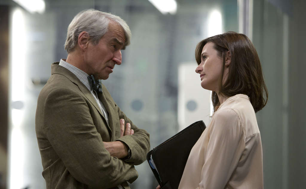 """Experts differ on whether confrontations depicted in """"The Newsroom,"""" starring Sam Waterston and Emily Mortimer, are realistic."""