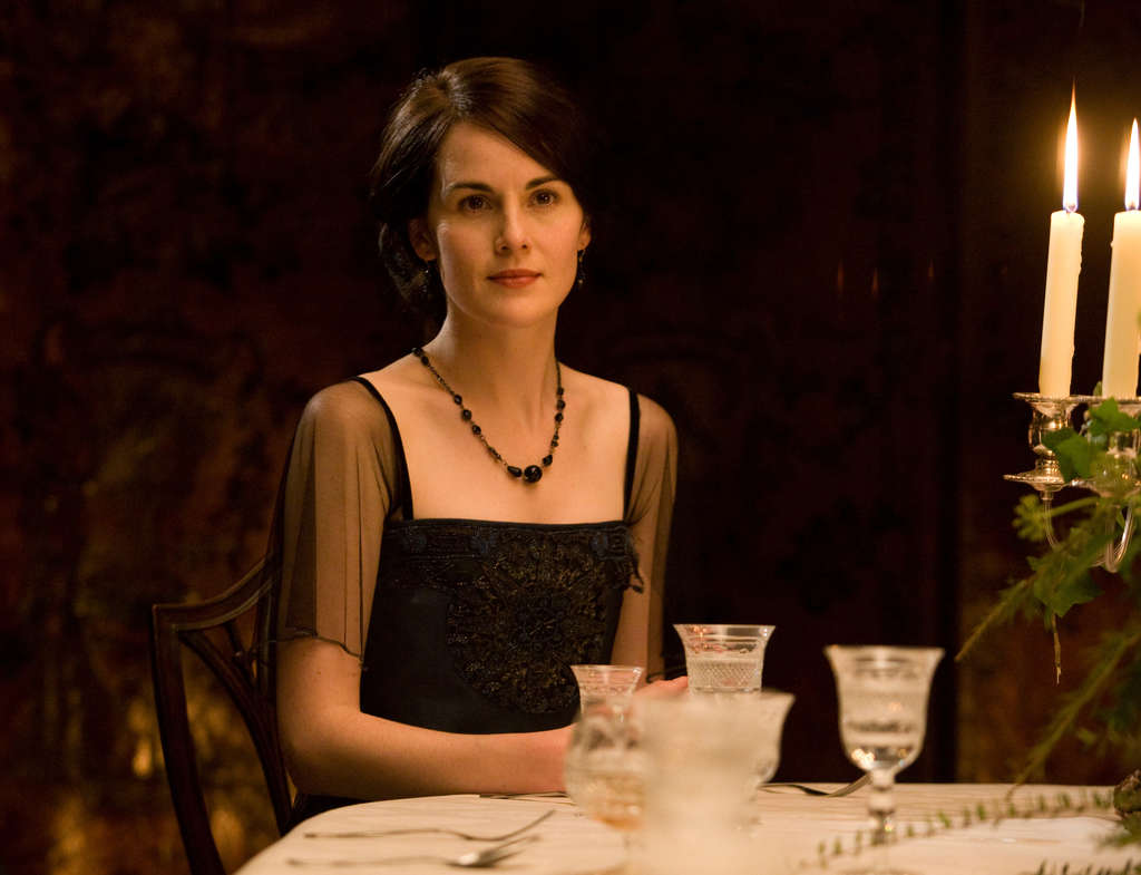 Viewers can now buy cosmetics to get Lady Mary´s porcelain complexion, or candles like the Abbey´s, or even a special wine.