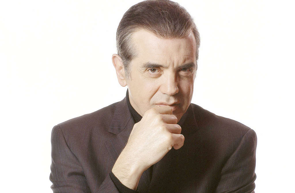 For Chaz Palminteri, a witnessed murder led to a life in the theater and film, and an electrifying one-man show.