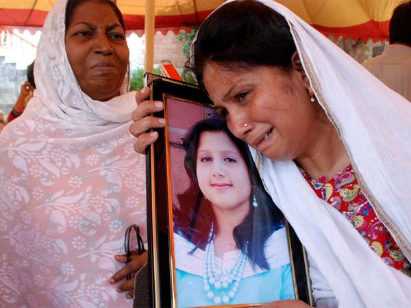 http://media.philly.com/images/20130927-Pakistan-Christian.jpg