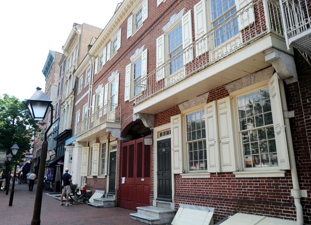 MCCLATCHY-TRIBUNE The Benjamin Franklin Museum in Old City has been spruced up with some new exhibits, but it´s lacking when it comes to its namesake´s love of taverns, where he planned major events in U.S. history.