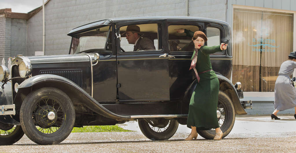 "Briton Holliday Grainger is Bonnie Parker in the mini-series: ""If we pull big guns on people,"" she reasons, ""they´re going to do what we tell them to."""