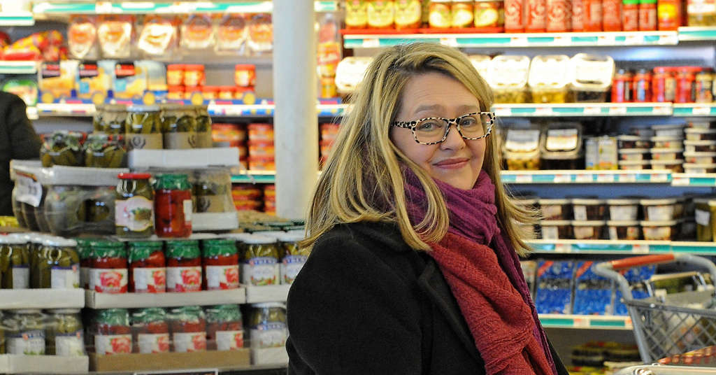 Anya von Bremzen came to Northeast Philadelphia with her mother in 1974. She was happy to find Bell´s Market, a Russian grocery store, on a return visit.