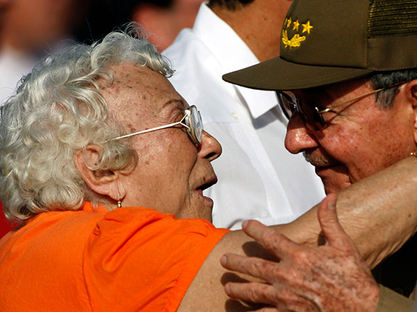 Melba Hernandez, left, greets Cuba´s President Raul Castro at a 2010 Revolution Day rally in Santa Clara, Cuba. Hernandez, who died on Sunday, helped found the Communist Party of Cuba and served as ambassador in Vietnam and Cambodia. She was 92. JAVIER GALEANO / Associated Press