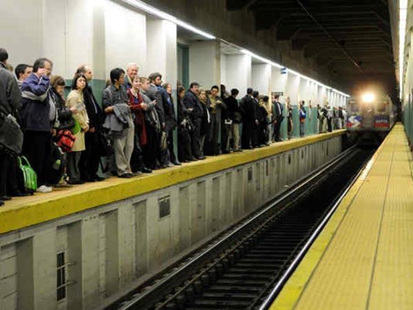septa railroad engineers authorize strike