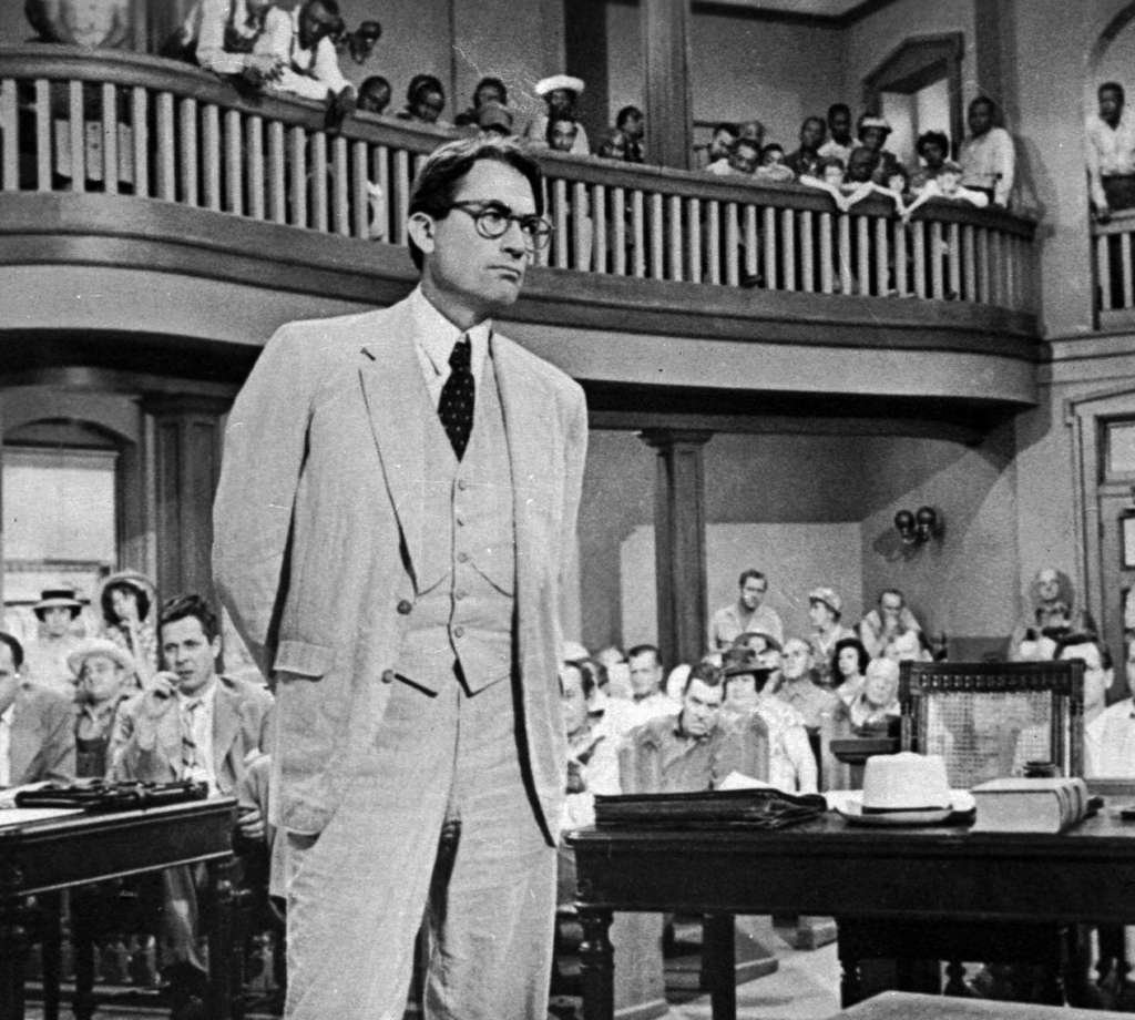 As Atticus Finch in ´To Kill a Mockingbird,´ Gregory Peck defends a black man accused of rape.
