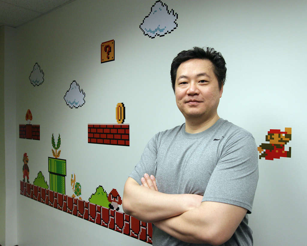 Drexel University´s Frank Lee will help launch Philly Tech Week with a giant game of Tetris on the Cira Centre.