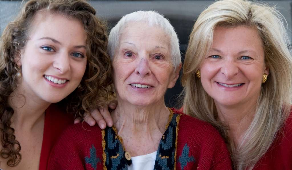 Lisa Scottoline (right) with her mother, Mary, and daughter Francesca Serritella. Mary is in hospice care at Lisa´s house.
