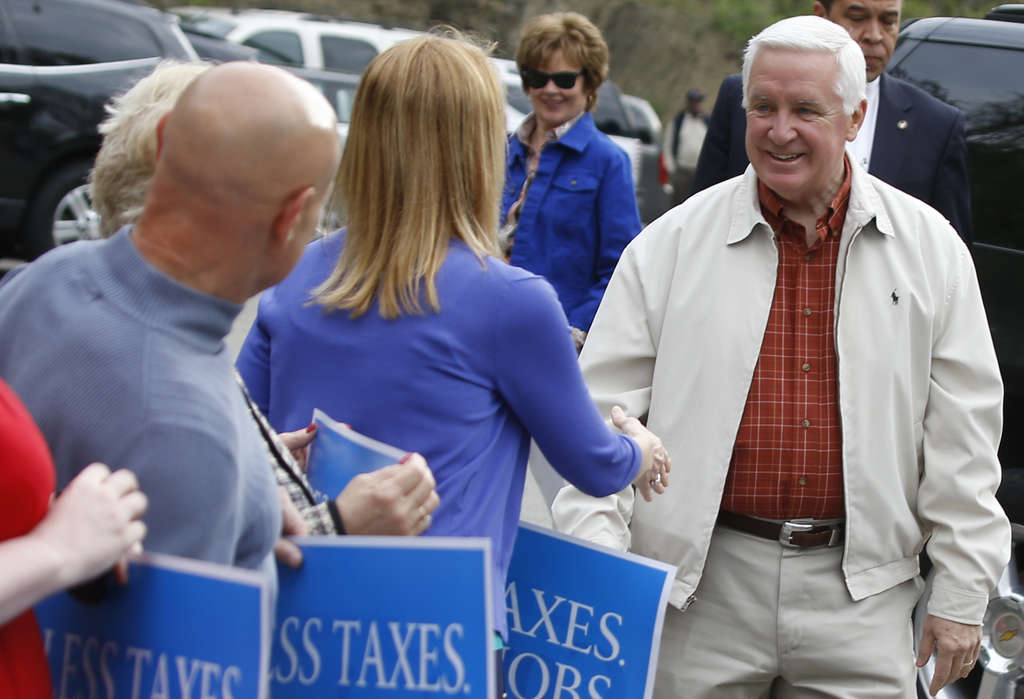 Tom Corbett (seen here) might be rated America´s most vulnerable governor, but he´s got history on his side as he prepares to face the Democratic nominee, Tom Wolf. MATT ROURKE / ASSOCIATED PRESS
