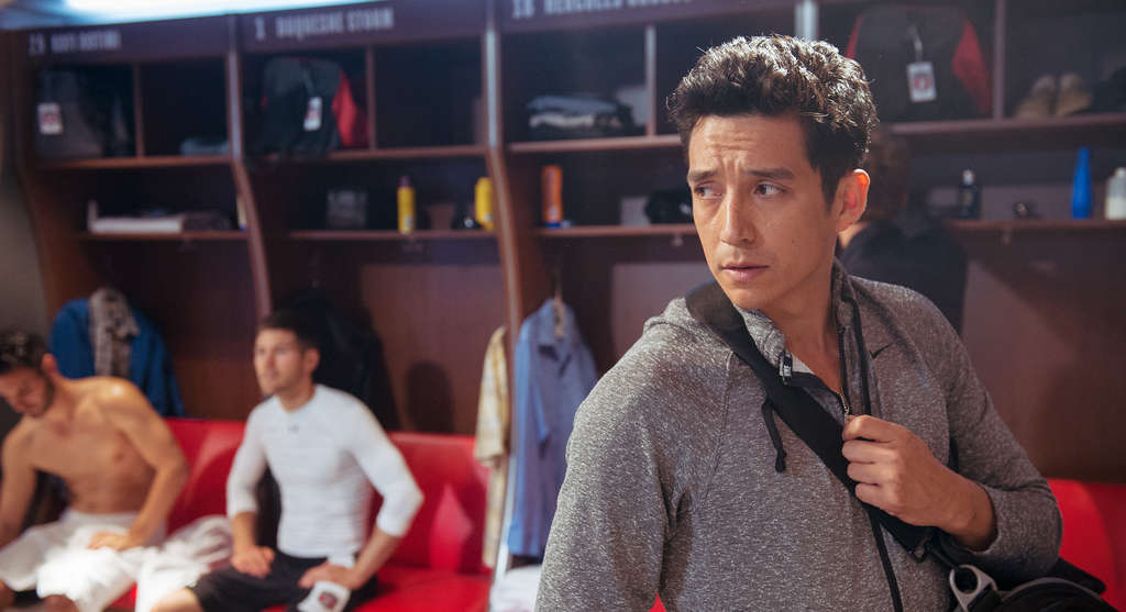 Gabriel Luna plays Tony Bravo , a CIA operative infiltrating Los Angeles´ professional soccer team as a star player. El Rey Network