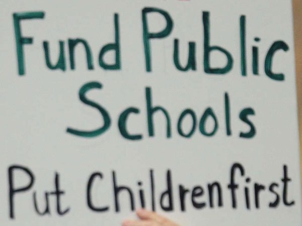 School districts across the state have funding issues, but you wouldn´t know it by their legislators´ actions.