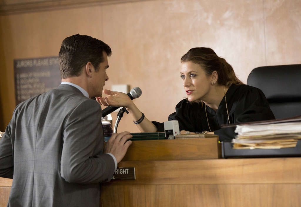 "Kate Walsh, starring in NBC´s ""Bad Judge,"" in a scene with John Ducey. Whether you like the new farce, her on-screen presence, for some viewers, is captivating."