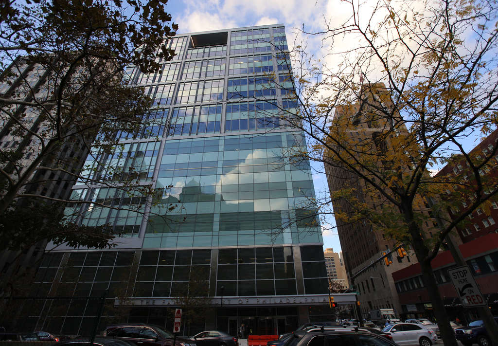 The Family Court building at 15th and Arch Streets, the city´s first new courthouse in a generation, is a mass of glass blandness. The $222 million project´s design, by EwingCole, has been widely criticized. JESSICA GRIFFIN /Staff Photographer