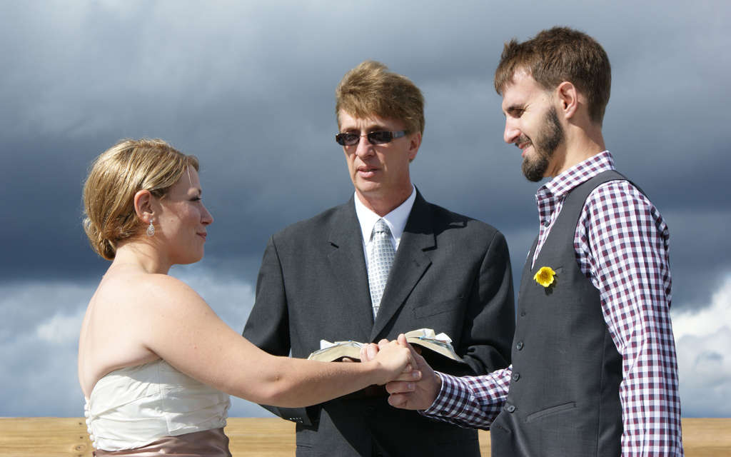 Kathy Taylor and Carl Oberg were married by Pastor Max Simms.
