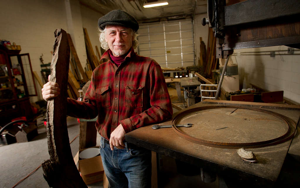 ALEJANDRO A. ALVAREZ / STAFF PHOTOGRAPHER Steve Ebner, woodworker and owner of Manayunk Timber, bought the sawmill in 1994.