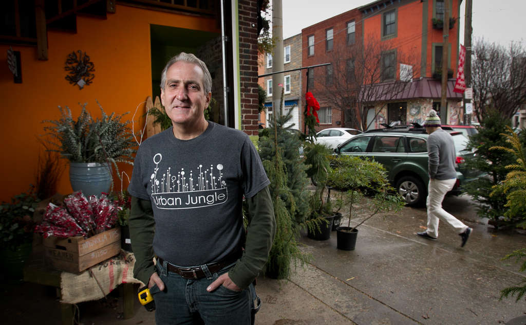 ALEJANDRO A. ALVAREZ / STAFF PHOTOGRAPHER Curt Alexander , owner of Urban Jungle on East Passyunk Avenue, is expanding his reach in South Philly with another garden center in Pennsport.