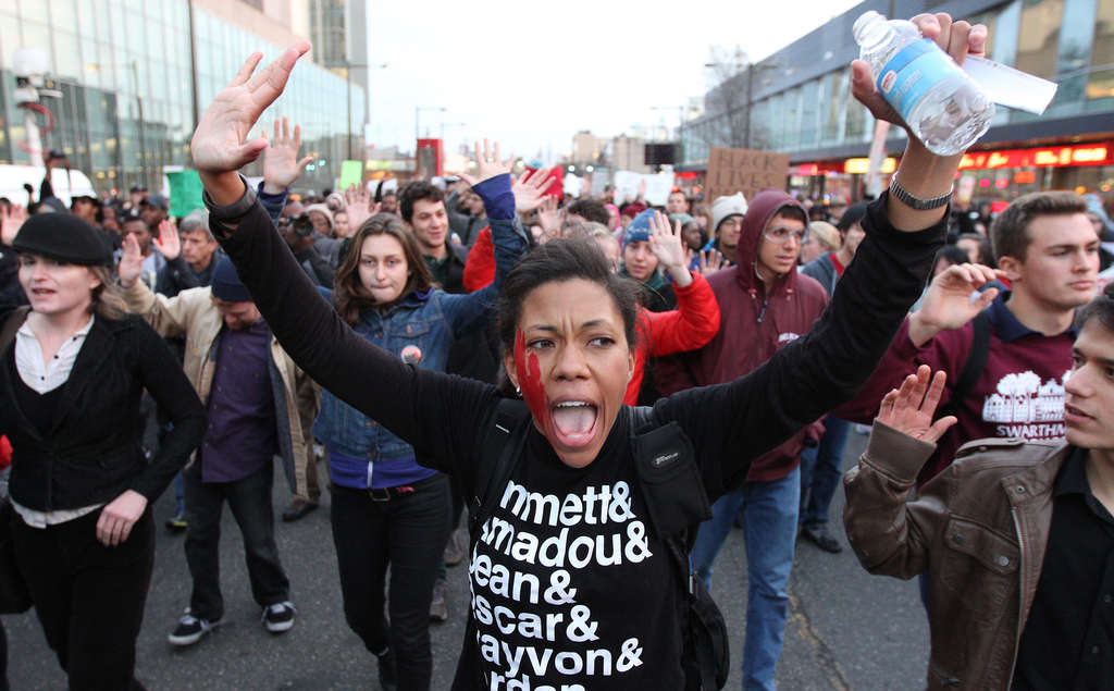 Loren Robinson´s shirt at a Philadelphia protest offers a list of black men killed by police.