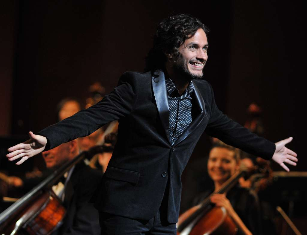 """Gael Garcia Bernal´s performance as a brash, genre-busting celebrity orchestra conductor is a highlight of the new drama """"Mozart in the Jungle,"""" from Amazon Studios."""