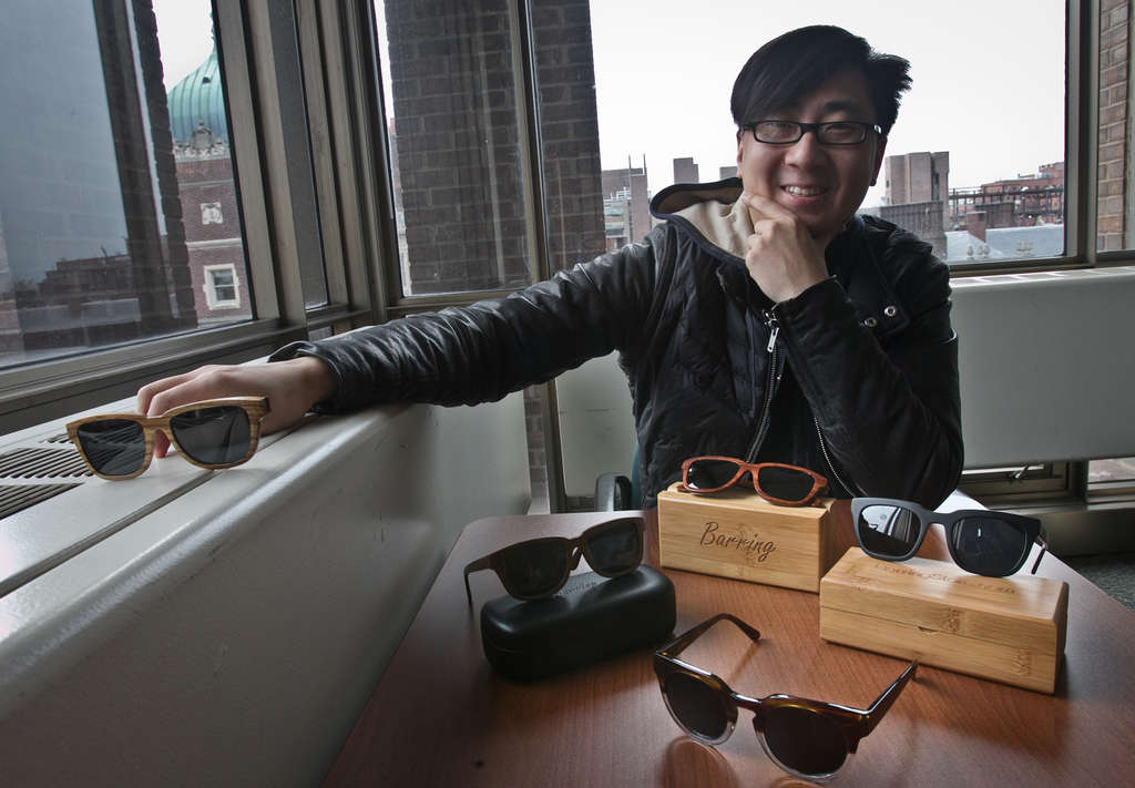 ALEJANDRO A. ALVAREZ / STAFF PHOTOGRAPHER Joseph Hwang , a co-founder of Barring Eyewear, wants his products in 100 brick-and-mortar stores by the end of this year.