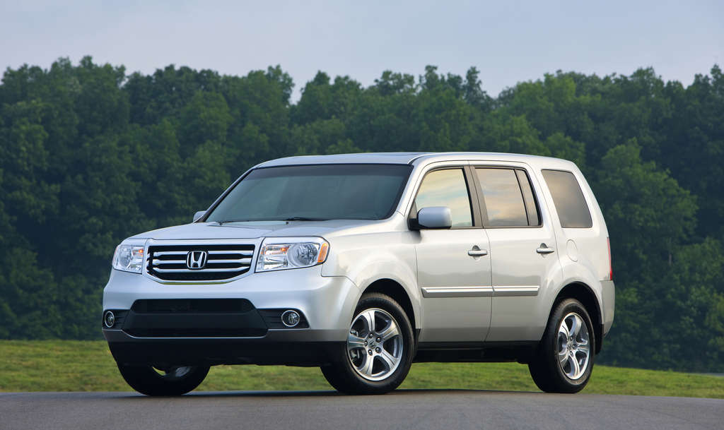 The Honda Pilot has not had a redesign since 2009, and it shows in the 2015 version. A new version is coming in 2016.