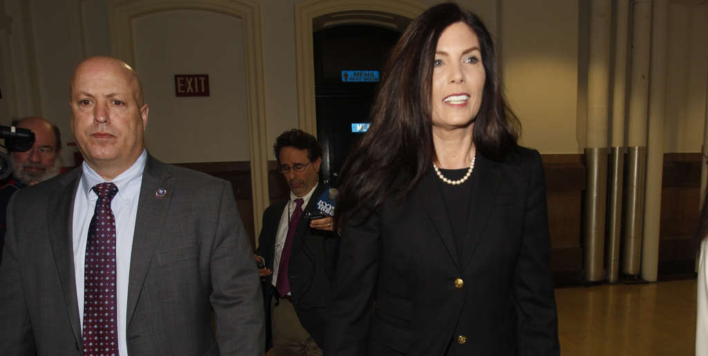 ALEJANDRO A. ALVAREZ / STAFF PHOTOGRAPHER Attorney General Kathleen Kane arrives at City Hall on Wednesday for a hearing on alleged perjury.