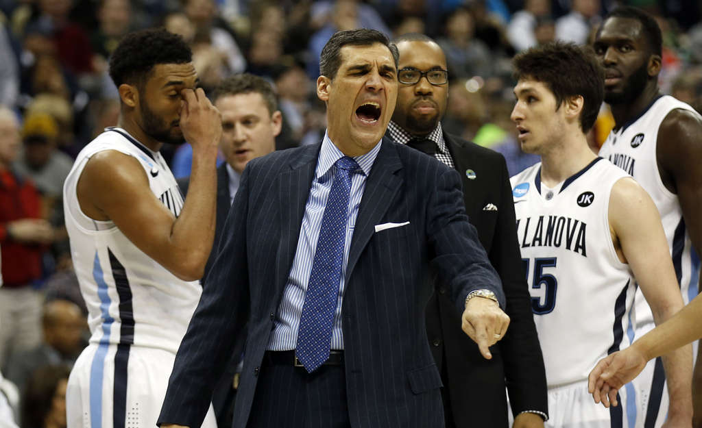 Villanova coach Jay Wright yells at the officials during a timeout in the second half.