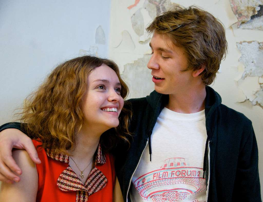 "Thomas Mann plays a film-obsessed teenager in Pittsburgh who with a friend undertakes to make a movie for a classmate, played by Olivia Cooke, who´s diagnosed with leukemia in ""Me and Earl and the Dying Girl."""