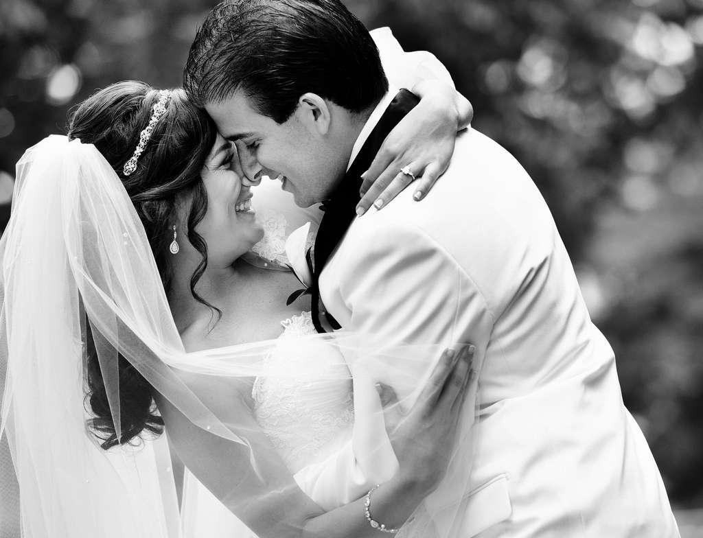 Erica Dubin and Justin Leonard. Philip Gabriel Photography