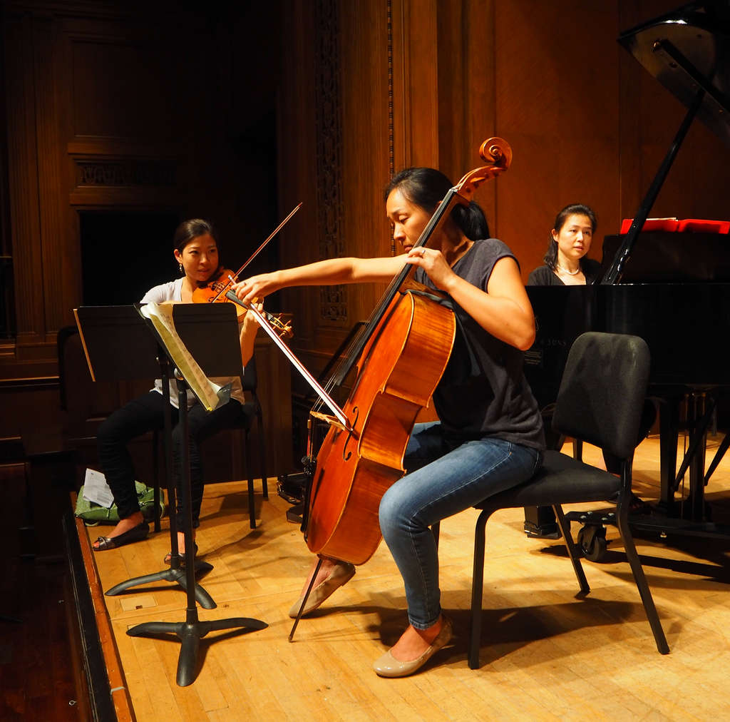 Curtis Summerfest faculty members (from left) Amy Lee, violin; Priscilla Lee, cello; and Amy J. Yang, piano. A third concert is Thursday.
