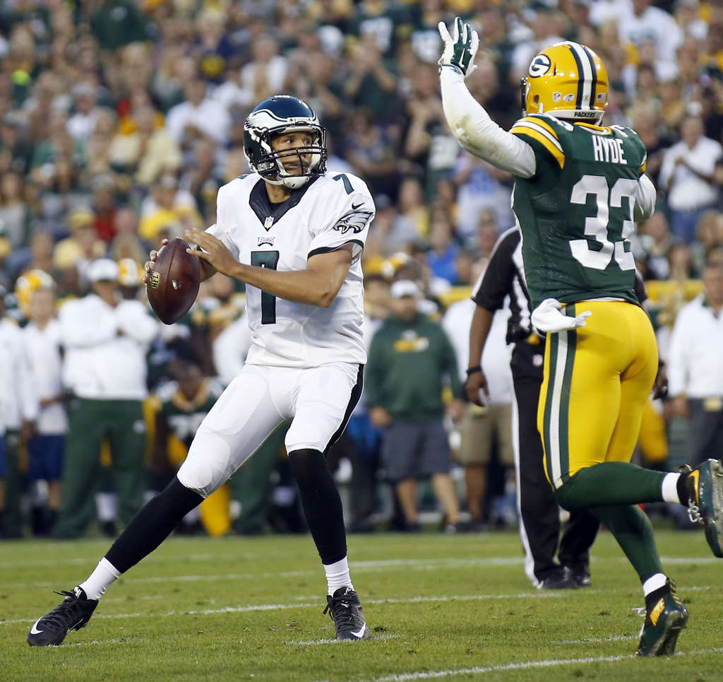 Sam Bradford didn´t appear to have any rust, as he led three touchdown drives in three series.