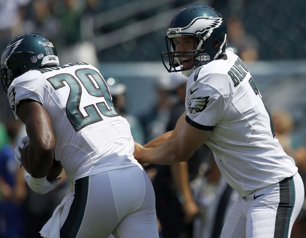 YONG KIM / STAFF PHOTOGRAPHER Sam Bradford and DeMarco Murray are among the weapons that should lift the Eagles to a big year.
