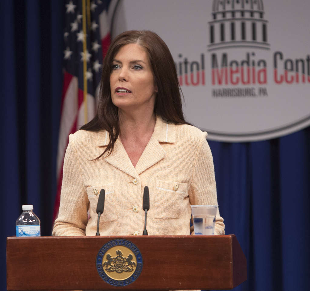 ED HILLE / STAFF PHOTOGRAPHER Attorney General Kathleen Kane also faces possible impeachment and the loss of her law license.