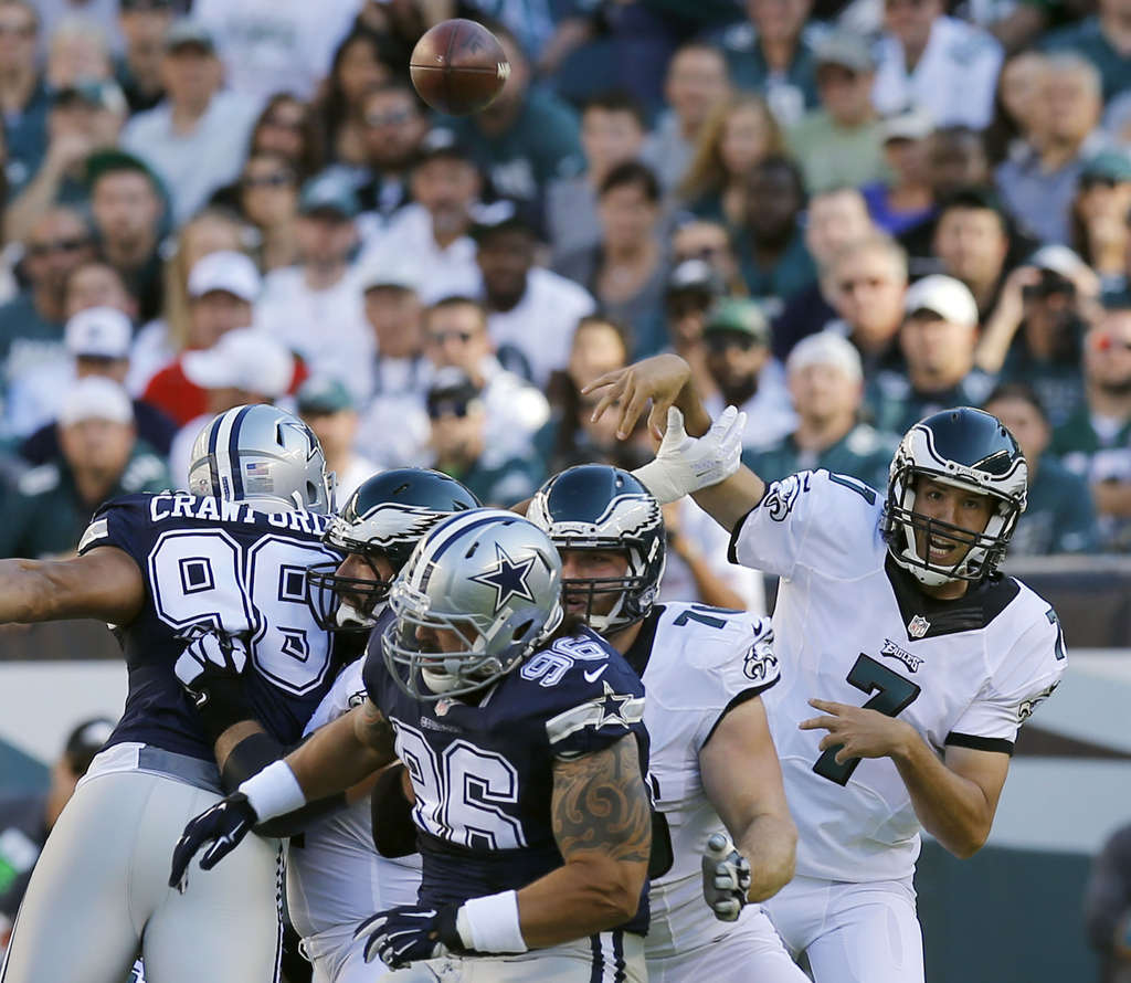 YONG KIM / STAFF PHOTOGRAPHER Sam Bradford´s interceptions on ill-advised throws have been key factors in both losses.