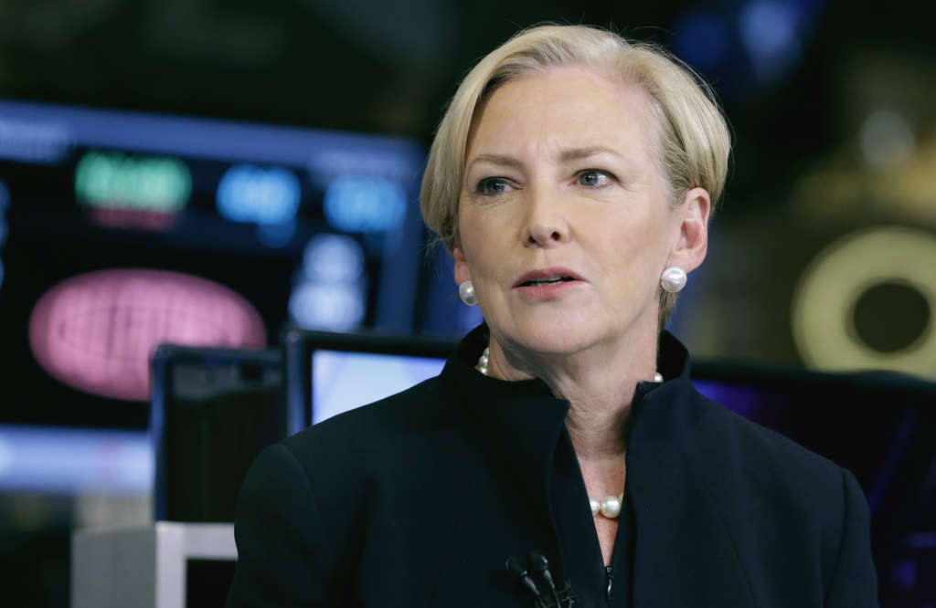 Ellen Kullman, chairman and CEO of DuPont, is stepping down as profits fall. Edward Breen, who will take over as interim chairman and CEO, has promised more cuts.