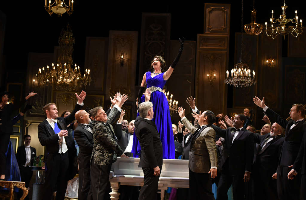 Lisette Oropesa embraces Violetta´s bubbly spirit in her debut in the role with Opera Philadelphia.