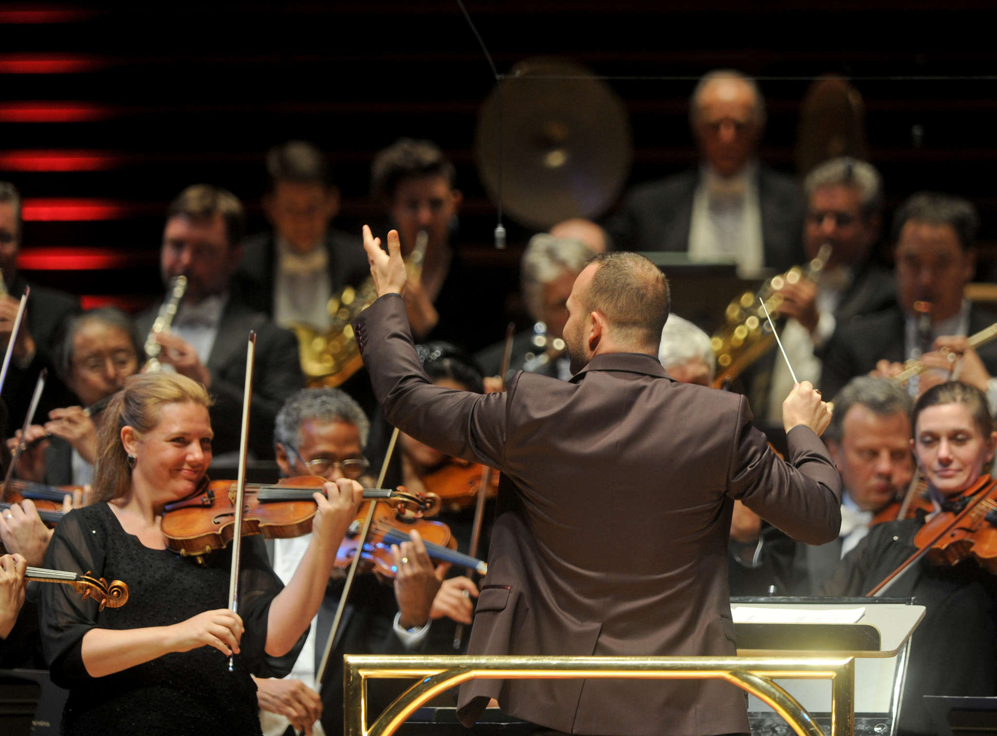 The Philadelphia Orchestra under the direction of Yannick Nézet-Séguin. He comes across as genuinely interested in the group´s well-being, but that´s just one key to developing a strategic plan.