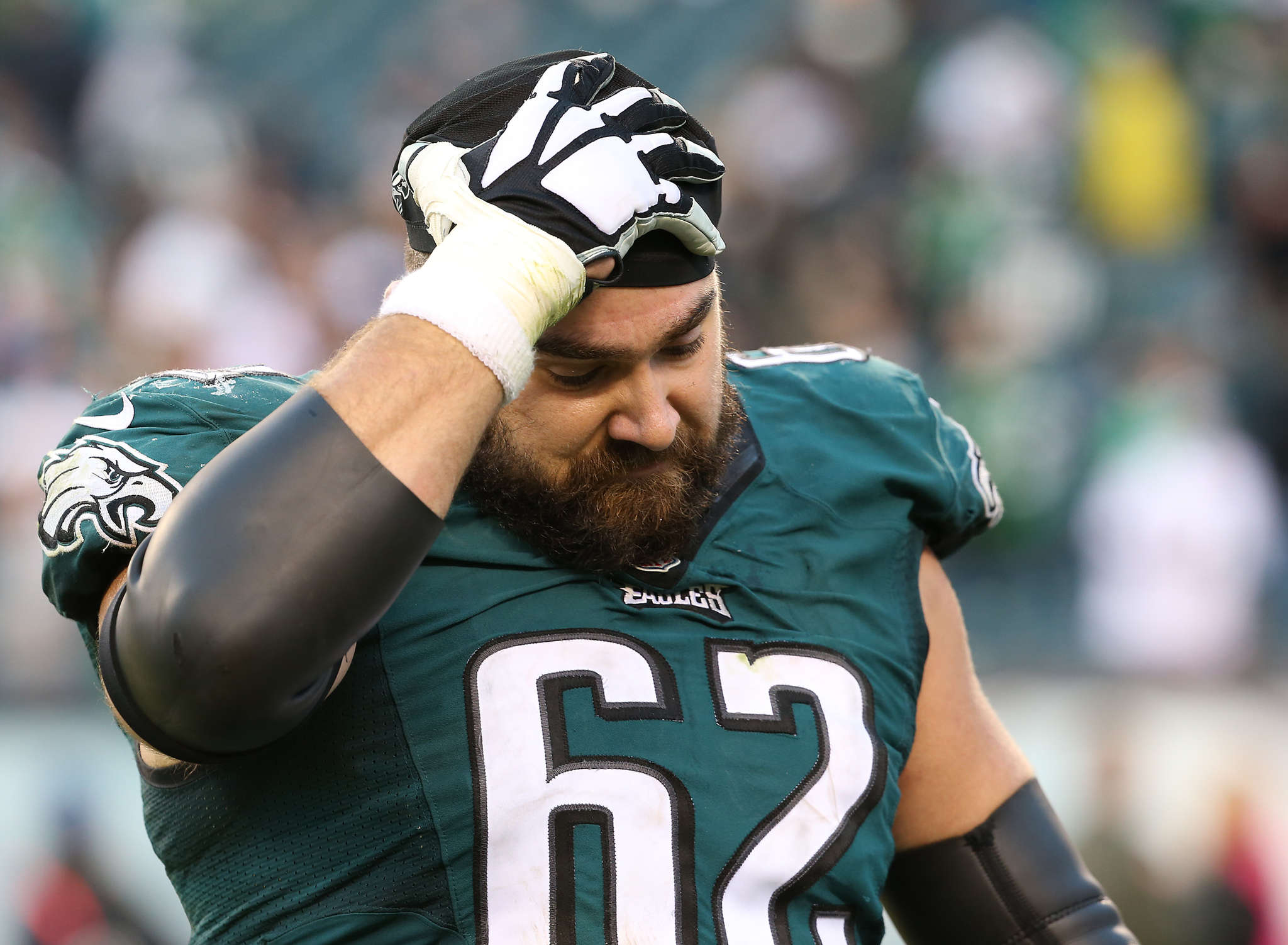 "Eagles center Jason Kelce called his play in the loss ""the worst game of my entire career."" Kelce struggled to block Earl Mitchell and Ndamukong Suh."